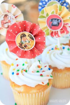 Vintage Twins Birthday Party  | CatchMyParty.com