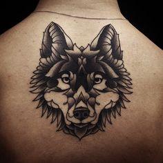 Lower-Neck-Wolf-tattoo-by-Ervand-Akopov.jpg (640×640)