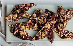 Pistachio-Cherry Bar