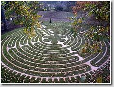 Turf labyrinth,   115% scale replica of the Chartres Labyrinth,  stone set in turf,   Tofte Manor, Bedfordshire, England.  Design by Labyrinthos,  constructed by  The Labyrinth Builders   of Canterbury, 2004.