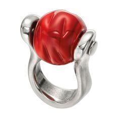"""Anillo """"Pachamama"""" de Uno de 50, de metal bañado en plata con una gran esfera central de cristal de Murano en rojo"""