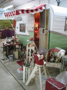 Flea market stall in vintage caravan:  Love it! One day we'll run tea party's from a vintage caravan. Too bad we won't have one for the #rickmansworth #christmasmarket next week! #wintermarkets