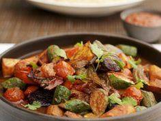 North Africa Vegetable Dish Recipe on Yummly Tajine Vegan, Tagine Recipes, Kitchen Time, Vegetable Dishes, Kung Pao Chicken, Soul Food, Food Dishes, Food And Drink, Healthy Recipes