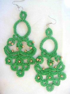 orecchini fatti a mano all'uncinetto Crochet Rings, Fabric Jewelry, Ear Rings, Beaded Earrings, Easy Crafts, Tatting, Jewlery, Necklaces, Style Inspiration