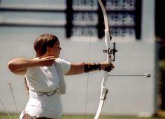 Wanda Allan du Canada participe au tir à  l'arc aux Jeux olympiques de Montréal de 1976. (Photo PC/AOC)