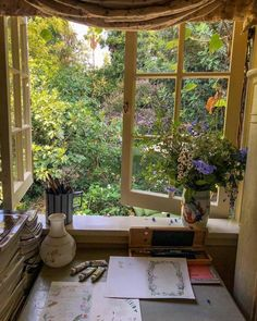 Home Interior Design — A cozy spot to work on some art - All About Decoration My New Room, My Room, Home Interior Design, Interior And Exterior, Aesthetic Rooms, Aesthetic Plants, Decoration Table, Dream Rooms, Dream Bedroom