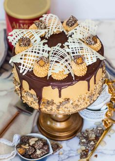 The Almond Roca Cake – an epic cake creation inspired by the famous confectionary! This caramel almond and chocolate cake will steal your heart (and your taste buds!)! I love the sweet and crunchy Almond Roca candy and wanted to create a cake that captured all the flavors and textures of this treat! This almond […]