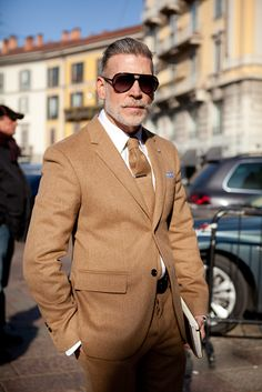 nick wooster - what other colour tie?
