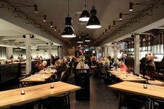 This is the Farang Restaurant. It's located in Norrmalm, in the heart of Stockholm and it's a very charming place. In terms of design and architecture, the restaurant combines local and Asian influences into a contemporary look.