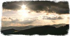 Česká republika - zeměpis | Kvízy a testy Siena, Quizzes, Clouds, Celestial, Sunset, Film, Outdoor, Movie, Outdoors