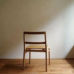 なんかいいぞ。    座ることを主な目的とした正しい姿勢。