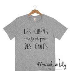 """Tee-shirt enfant """" Les chiens ne font pas des chats"""""""