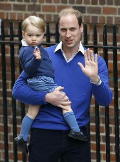 William and Prince George arriving at Lindo Wing (May 2 2015)