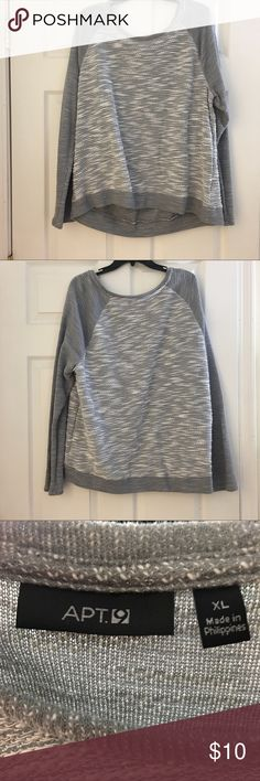 ✨ Sparkle Detail Pull Over Sweater ✨ 🌟 PLEASE REFER TO THE PICTURES, LET ME KNOW IF YOU HAVE ANY QUESTIONS & OFFERS WANTED! ❤️ Apt.9 Sweaters Crew & Scoop Necks