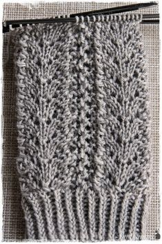 Suvikumpu: Pitsisukat Diy Crochet And Knitting, Knitting Charts, Knitting Socks, Knitted Hats, Knitting Ideas, Knee High Socks, Fiber Art, Mittens, Needlework