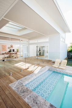 If you are working with the best backyard pool landscaping ideas there are lot of choices. You need to look into your budget for backyard landscaping ideas Swimming Pool Tiles, Swimming Pools Backyard, Swimming Pool Designs, Lap Pools, Indoor Pools, Indoor Swimming, Versandbehälter Pool, Pool Lounge, Future House