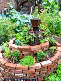 Learning Soil Basics and Exploring Plant Parts: Bo - Amenagement Jardin Recup Herb Spiral, Plants, Indoor Garden, Backyard Landscaping, Permaculture Gardening, Potager Garden, Outdoor Gardens, Vegetable Garden Raised Beds, Brick Planter
