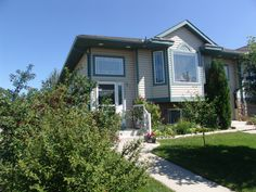 5c Crystal Ridge Cv, Strathmore, AB T1P 1R6. $289,900, Listing # C4023843. See homes for sale information, school districts, neighborhoods in Strathmore.