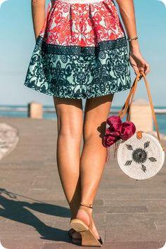 Handbags #philrickphotos Color Magic, Crossbody Bag, Tote Bag, Womens Purses, Cross Body Handbags, Evening Bags, Purses And Handbags, Pu Leather, Summer Dresses