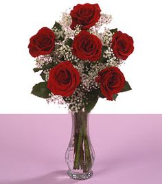 Free Giveaway: 1/2 Dozen Hand Arranged Red Roses in a vase and a 32 oz. box of assorted chocolates, from our friends at Colebrook Chocolates!    Enter Here: http://www.giveawaytab.com/mob.php?pageid=310387484552