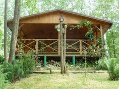 Parduodamas poilsio namelis ant Krakavo ežero kranto Molėtų rajone, miške. 2008 m statybos namelis nutolęs nuo kranto linijos apie 40 m. Užstatymo plotas – 6...