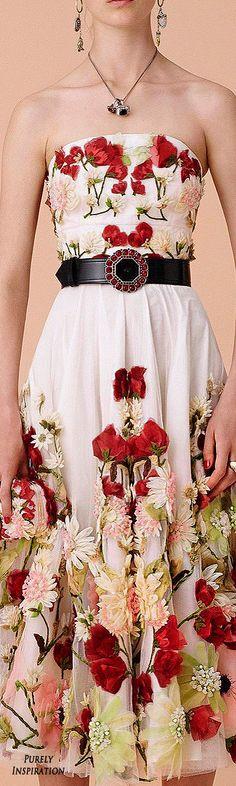 Alexander McQueen Resort 2016 Women's Fashion RTW | Purely Inspiration
