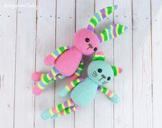 Free stripy cat crochet pattern by Amigurumi Today
