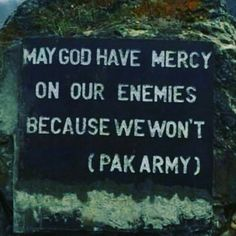 Military Motivation, Pakistan Independence, Pakistan Armed Forces, Army Brat, Pakistan Army, Song Hye Kyo, Pakistan Fashion, Pakistani, Facts