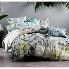 An intricately drawn mosaic bed linen set reminiscent of Mediterranean tile patterns offset with tonal floral bed accessories.  Check out the Marmaris Teal quilt cover set from Linen House at http://ift.tt/1IQoQJz  #manchesterfactory #marrickville #sydney #bedlinen #bedding #homeware #interior #homeinterior #decor #homedecor #linen #manchester #homewares #interiordesign #homestyle #homedesign #interiorinspiration #styling #interiors #homestyling #designer #instahome #interiorinspo…