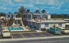 Seacomber Motel Apartments - Lauderdale-by-The-Sea, Florida