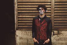 Inspiratie nodig voor jouw heren #Halloween kostuum? Ga als griezelige landheer en zorg voor bijpassende schmink! Goth, Style, Fashion, Moda, Stylus, Goth Subculture, Fasion, Gothic, Outfits