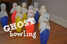 Ghost bowling and spider ring fishing - Halloween games Halloween Party Games, Theme Halloween, Halloween Carnival, Cute Halloween Costumes, Halloween Crafts For Kids, Halloween Activities, Halloween Ghosts, Holidays Halloween, Happy Halloween