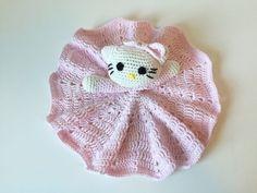 It is time for another lovey to the collection – Hello Kitty. This is one for alle the cute lille girls who wants a special lovey for bedtime and cuddling. Hello Kitty never goes out of style and so I. Crochet Lovey Free Pattern, Crochet Blanket Patterns, Baby Blanket Crochet, Crochet Baby, Knitting Patterns, Free Crochet, Crochet Toys, Crochet Things, Crochet Security Blanket