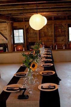 Black+Tablecloth+Wedding | Rustic Barn Wedding Black tablecloth with burlap. Black napkins, garland, napkin rings, and coasters at alwayselegant.com