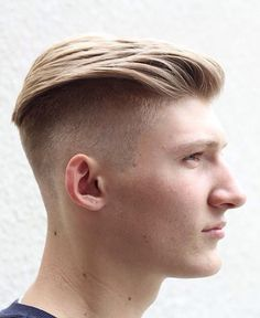 Men's hairstyles Located at: 136 W., Floor New York, NY Hairstyles For Teenage Guys, Mens Hairstyles With Beard, Great Hairstyles, Cool Haircuts, Hair And Beard Styles, Hairstyles Haircuts, Haircuts For Men, Undercut Fade Hairstyle, Undercut Women