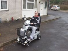 Mr Thomas chose the Quingo Vitess 2 mobility scooter which one is right for you? Get a home test drive here http://contact.quingoscooters.com/social-mobility-scooters