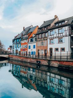 Un week-end à #Colmar en #Alsace. Hotel Restaurant, Blog Voyage, Alsace, Our World, Week End, Scenery, Mansions, House Styles, France