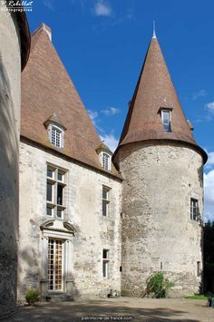 Château de Bellenaves ~ Auvergne ~ France