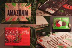 """Aos 95 anos, a marca de refrigeranteGuaraná Antarcticaapresenta o Livro de Wara'ná,publicação em edição limitada,comquatro fascículos, que convida o leitor a conhecer o fruto nativo da Amazônia, matéria-prima da bebida. A criação é da F/Nazca Saatchi & Saatchi. Desde o plantio da semente até a sua colheita, o frutopassa pelo trabalho dosagricultores da região de Maués, na Amazônia. A proposta dolivro é traduzir no seu design o """"cuidado artesanal que forma a base de produção do…"""