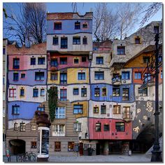 Hundertwasser House in Vienna... a magical place!
