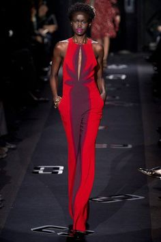 #runway #catwalk #strut #gown #redandpurple #fashion