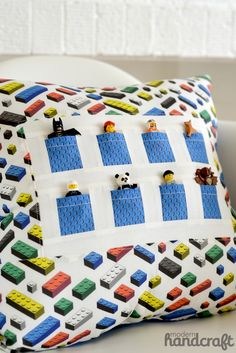 Lego Pocket Pal Pillow - a Sewing Tutorial. This is fab :)