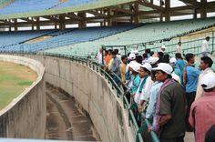 नया रायपुर के विशाल क्षेत्रफल में स्थापित शहीद वीर नारायण सिंह अंतरराष्ट्रीय क्रिकेट स्टेडियम में कोरबा जिले के पंचायत प्रतिनिधियों ने भ्रमण किया। यहां मौजूदा व्यवस्थाओं का अवलोकन किया। गाईड ने स्टेडियम के संबंध में जानकारी दी। पंच-सरपंच यह जानकर बेहद गर्वित हुए कि देश का दूसरा बड़ा क्रिकेट स्टेडियम हमारे प्रदेश में है। अधिकतर प्रतिनिधि पहली बार यहां आए हैं। स्टेडियम देखकर वे बेहद प्रसन्न हुए कि टीवी पर देखा था, अखबारों में इसकी चर्चा भी होती थी, पर प्रत्यक्ष देखने का मौका हमर छत्तीसगढ़ योजना…