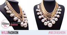Un colier cu perle supradimensionate va deveni cu rapiditate accesoriul tau preferat! Potrivirea perfecta o poti face la o rochie de catifea Jewelry, Fashion, Bead, Moda, Jewlery, Bijoux, Fashion Styles, Schmuck, Fasion