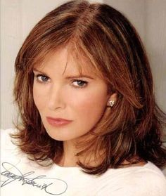 page jaclyn smith 1 47 48 49 83 jaclyn smith Medium Hair Styles For Women, Medium Hair Cuts, Jaclyn Smith, Long Hair With Bangs, Very Long Hair, Julia Roberts Hair, Hairstyles With Bangs, Fashion Hairstyles, Natural Hairstyles