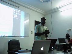 Le concepteur de l'application Project Babel; Photo Prise au GDG Barcamp Lomé 2013