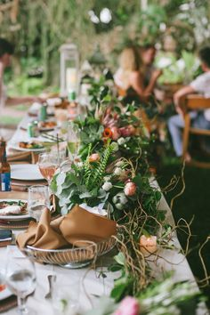 Lots of greenery for tablesetting