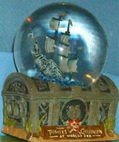 Disney Snowglobes Collectors Guide: Pirates of the Caribbean