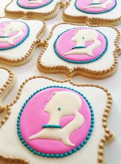 pretty (and complicated) silhouette cookies