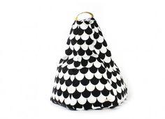 Bean bag Marrakech black scales by #Nobodinoz @nobodinoz